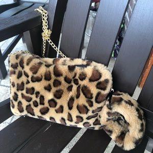 vera Bags - Faux Fur Clutch/Cross w/ Fur Cuff